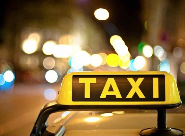 Мукачівські таксі: чи по кишені вони самим містянам