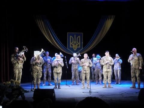 Для воїнів-інтернаціоналістів у Мукачеві влашували концерт
