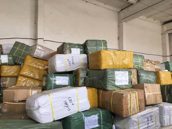 Незаконний експорт товару на 4 мільйони гривень викрили на Закарпатті