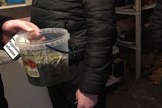 У Мукачеві іноземець попався із наркотиками