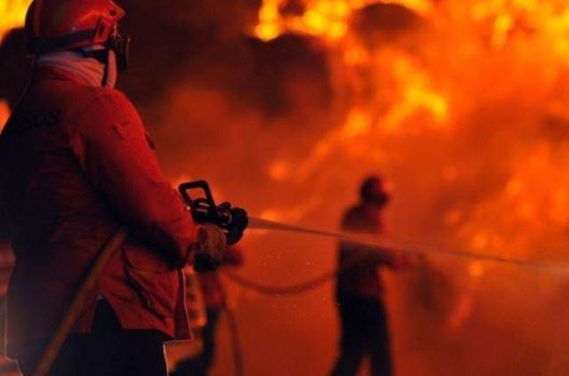 Пізно вночі в Хусті горіла адмінбудівля