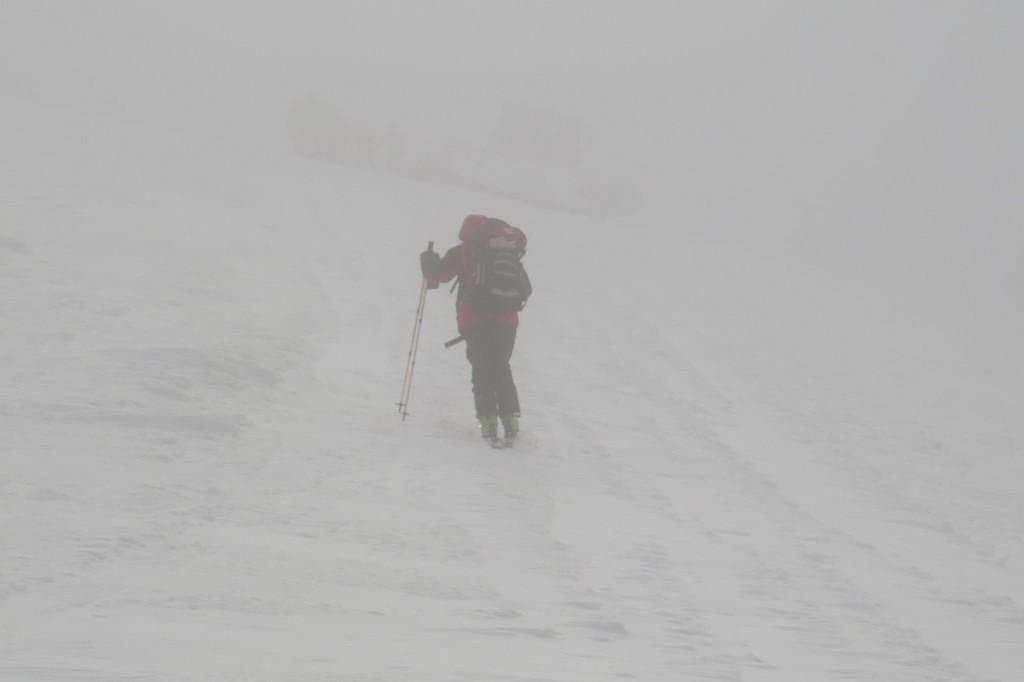 15-річного киянина, який заблукав під час катання на лижах, знайшли рятувальники