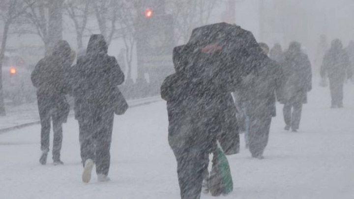Місцями дуже сильні опади та ожеледиця: синоптики попередили про погіршення погоди