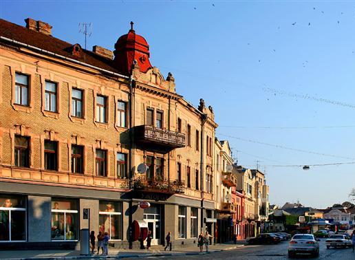 В Ужгороді борються за історичну частину міста