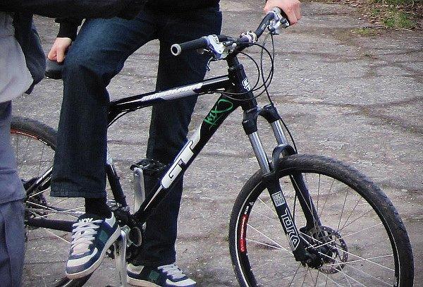 19-річний мукачівець викрав велосипед із балкона гуртожитку