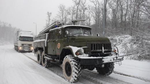 """На Закарпатті знято обмеження руху вантажівок на ділянці автошляху """"Мукачево – Хуст"""""""