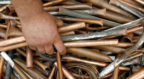 Мукачівець викрав із заводу, де працює, 4 кілограми дорогоцінного металу