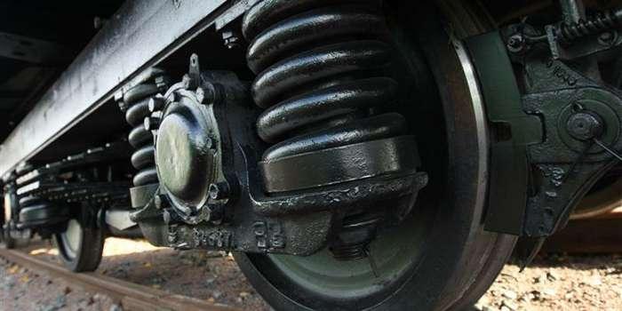 На залізничному переїзді у Мукачеві потяг збив людину