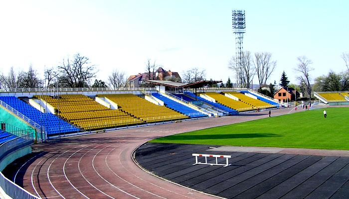 """Великий футбол може повернутись в Ужгород: на стадіоні """"Авангард"""", ймовірно, гратиме команда Першої ліги"""