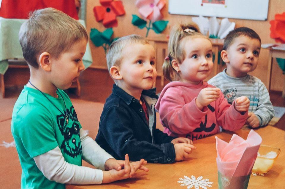 В дитсадки Мукачева зараховано дітей, батьки яких подали електронні заяви