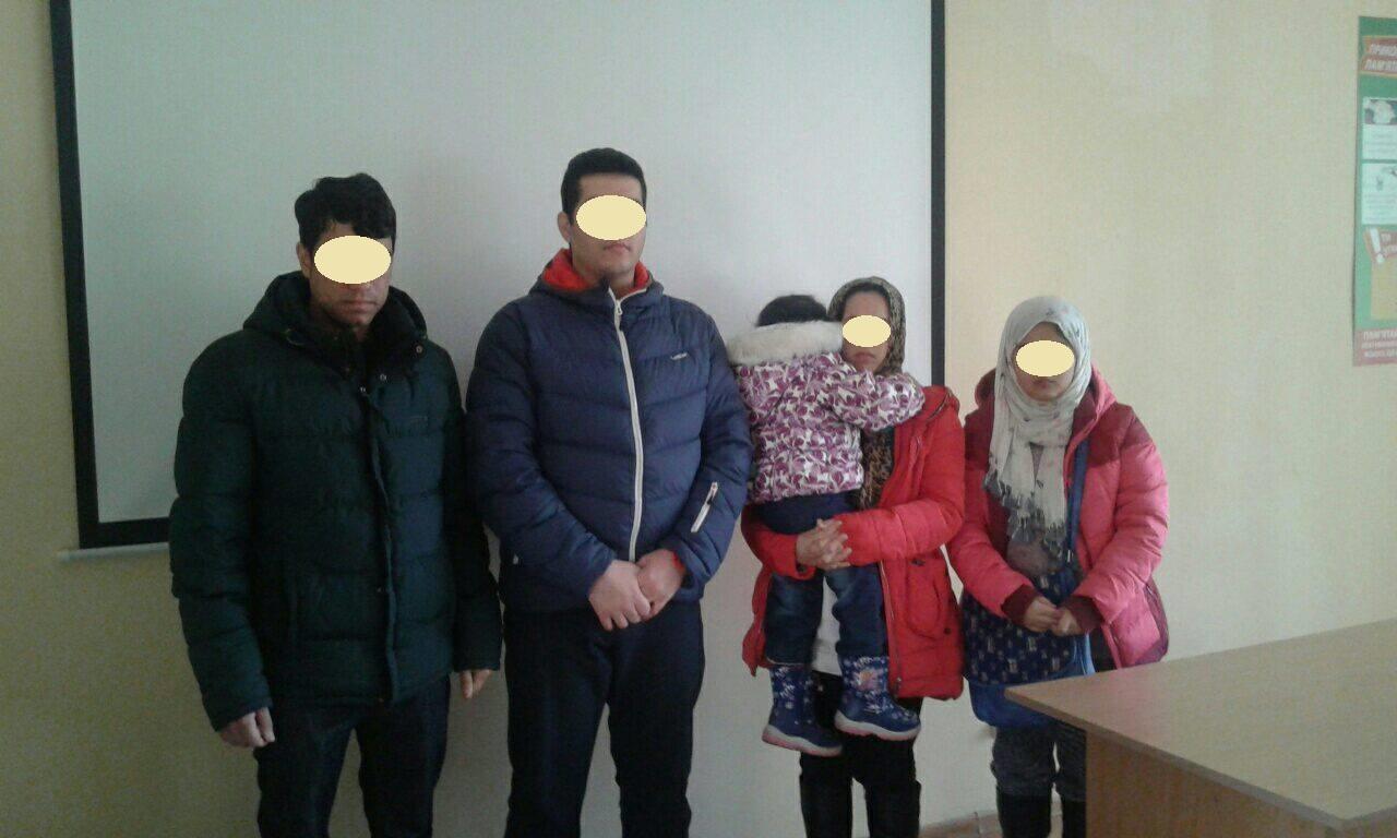 Закарпатські прикордонники затримали п'ятьох нелегалів з Афганістану