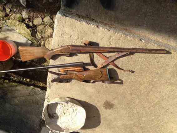 У жителя Хустщини поліція вилучила рушниці і мисливський порох