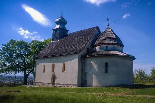 З відомої на всю Україну Горянської Ротонди зник цінний стародрук