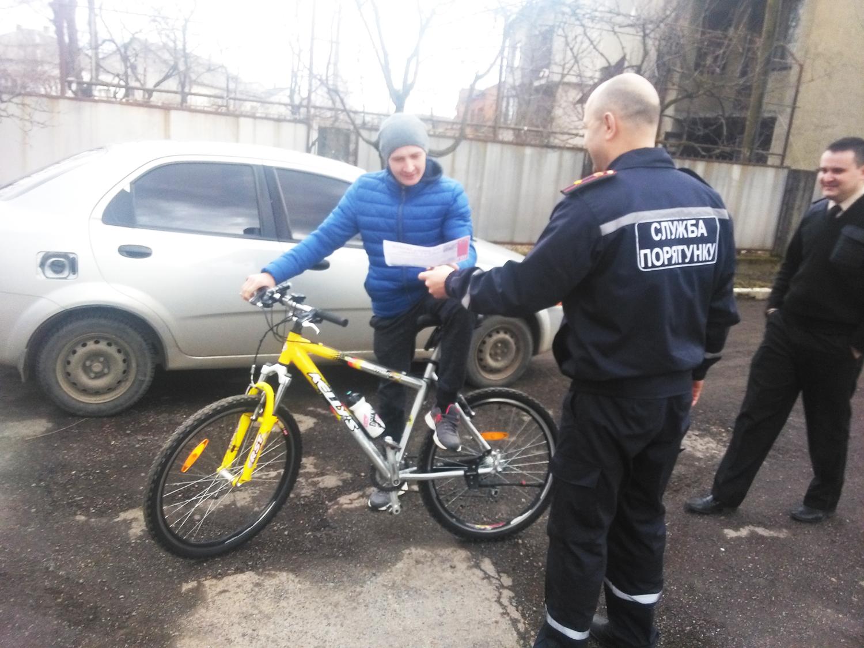 У Тячеві рятувальники провели відпрацювання у житловому секторі