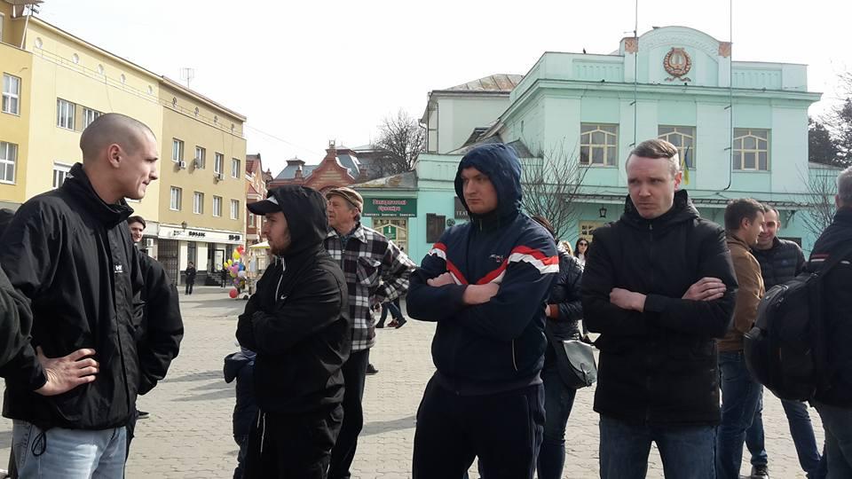 """""""У самому центрі Ужгорода сталася подія, яка неприпустима у правовій державі"""", – міськрада"""