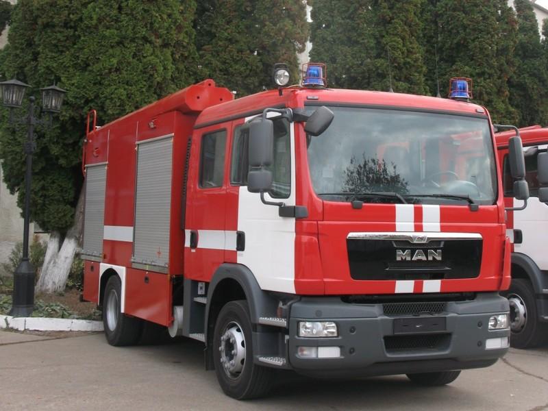П'ять сучасних спецавтомобілів отримали закарпатські рятувальники