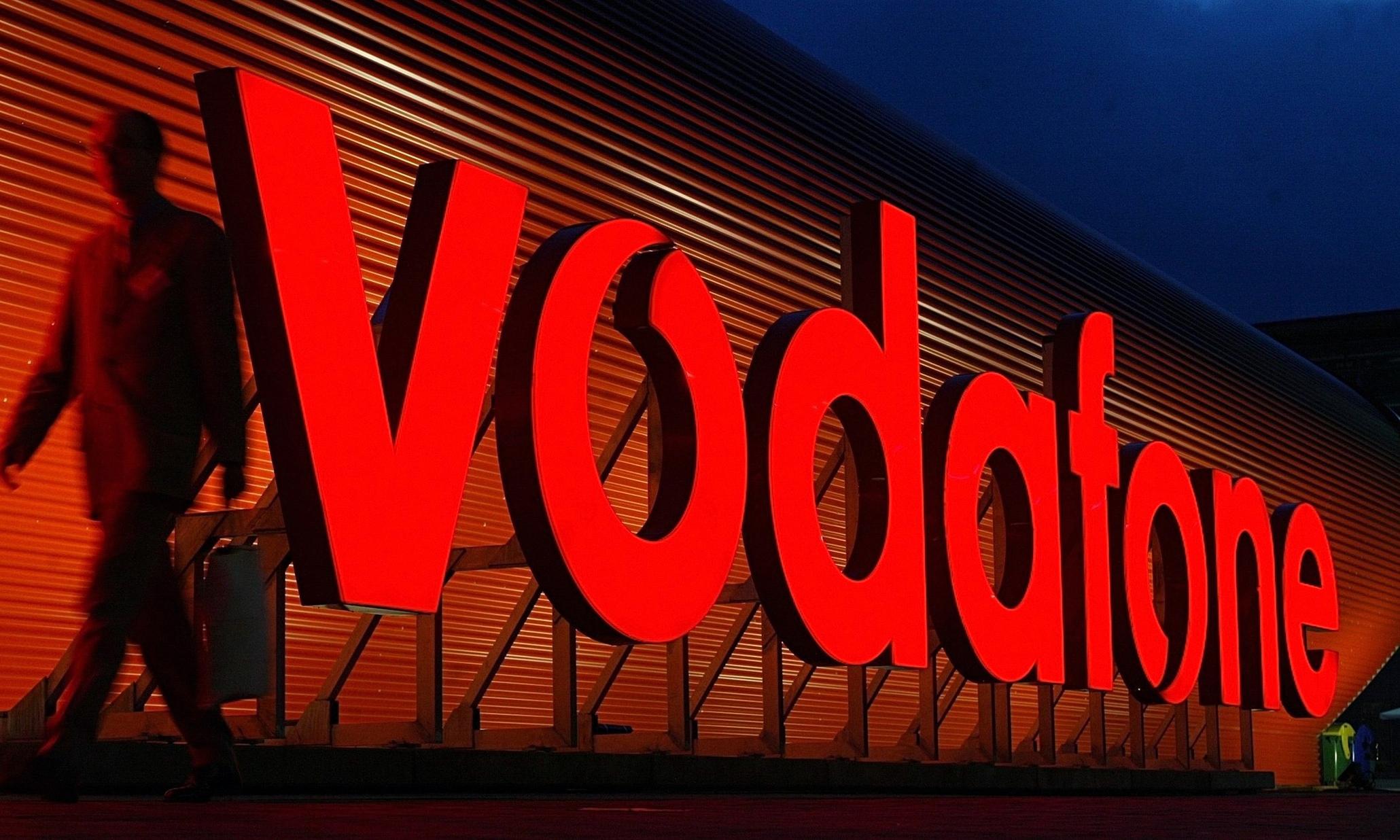 """Журналісти з'ясували, чому на Закарпатті не працював мобільний зв'язок від """"Vodafone"""""""