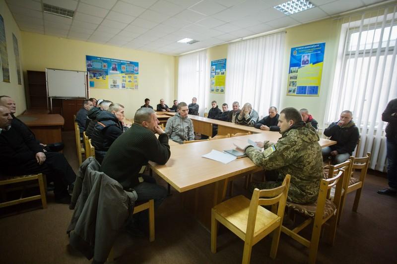 Тридцять закарпатців-контрактників поповнили навчальні центри Збройних сил України