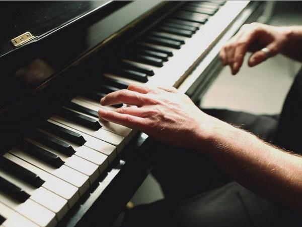 Наступного тижня до Закарпаття приїдуть найкращі піаністи України та світу