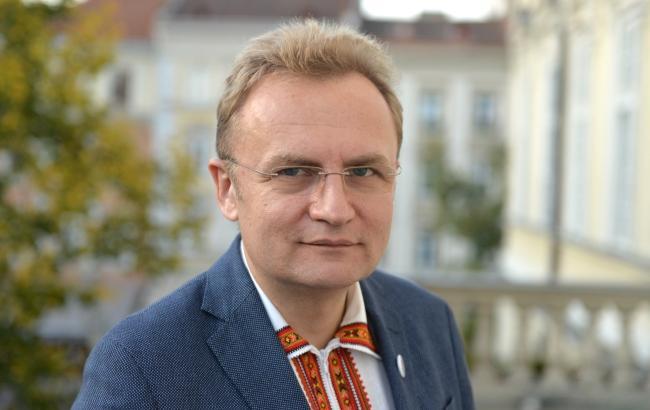 Мер Львова вважає, що 30-40% закарпатців мають подвійне громадянство