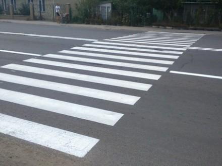 В Ужгороді не вистачає пішохідних переходів, тому містяни щодня ризикують життям