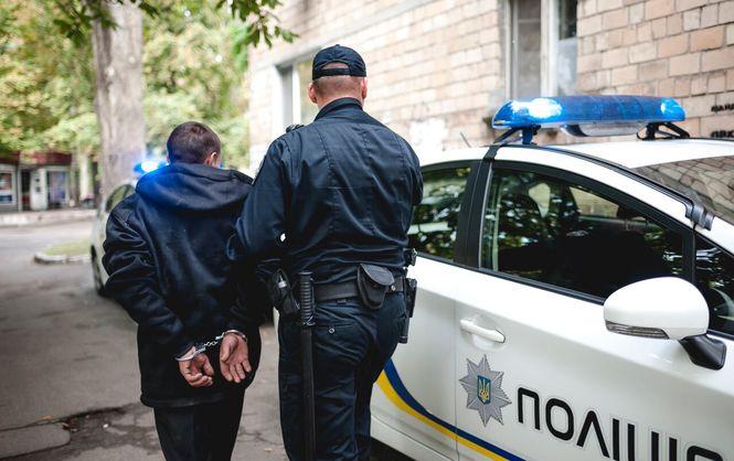 Двох ужгородських підлітків змусили піти на злочин