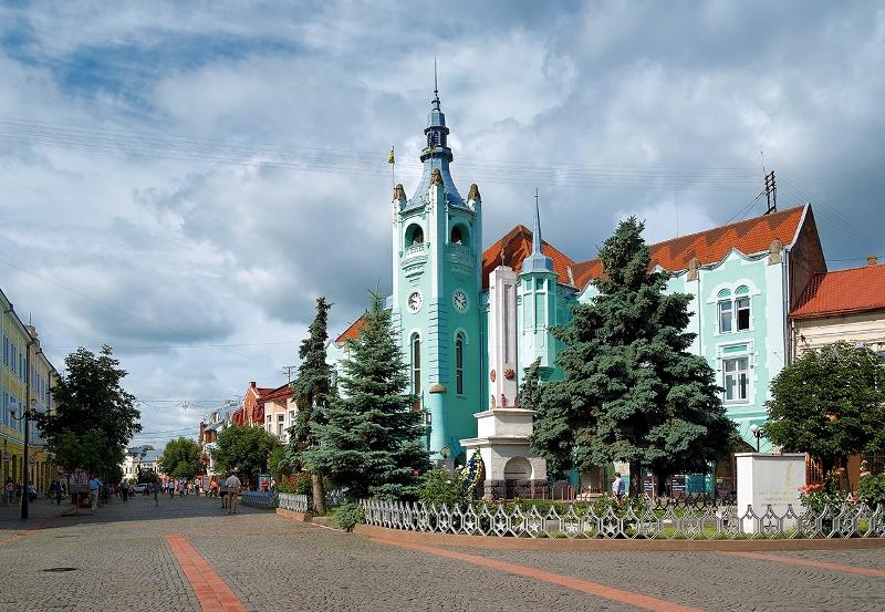 Найцікавіші місця для відпочинку на Закарпатті: версія київських журналістів
