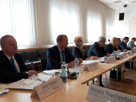 У Братиславі відбулося засідання Двосторонньої українсько-словацької комісії з питань нацменшин, освіти і культури