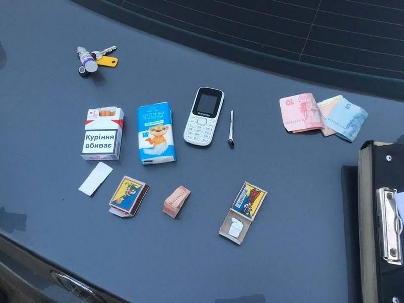 В Ужгороді правоохоронцям попався продавець наркотиків