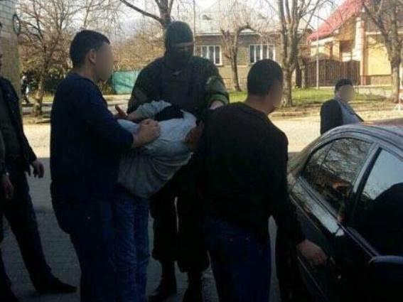 Поліція затримала чоловіка, який нещодавно жорстоко вбив мукачівця