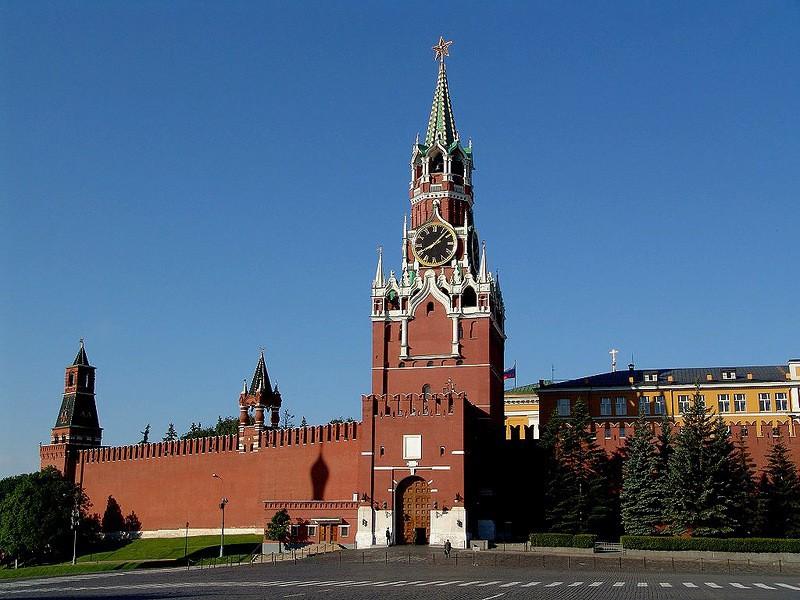Російські спецслужби вербували закарпатських заробітчан для участі у проплачених акціях