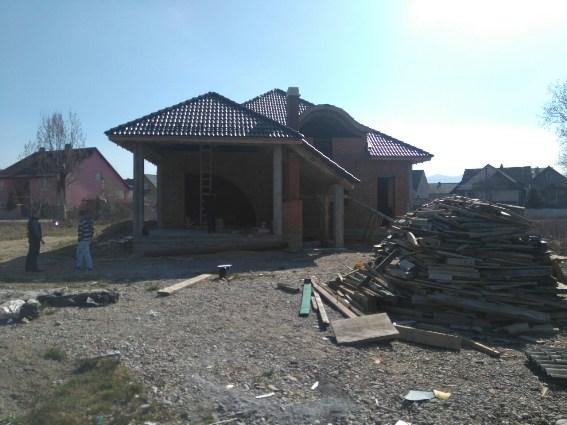На Тячівщині місцеві мешканці спіймали двох грабіжників