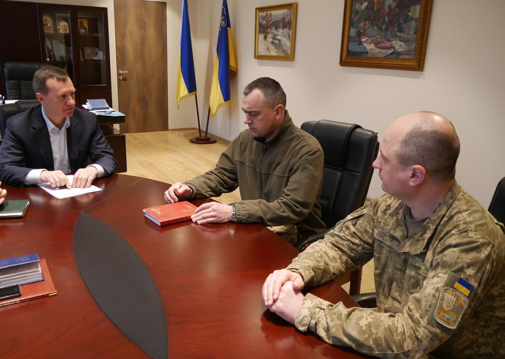 Богдан Андріїв зустрівся з новим військовим комісаром Ужгорода