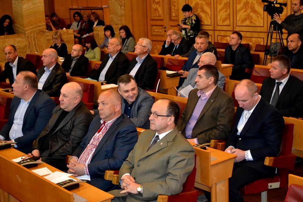 Закарпатські депутати вимагають від влади повністю скасувати введену з квітня абонплату за газ
