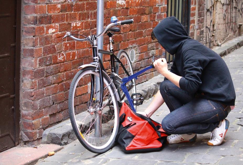 У Мукачеві чоловік вкрав дорогий велосипед, щоб здати його у ломбард