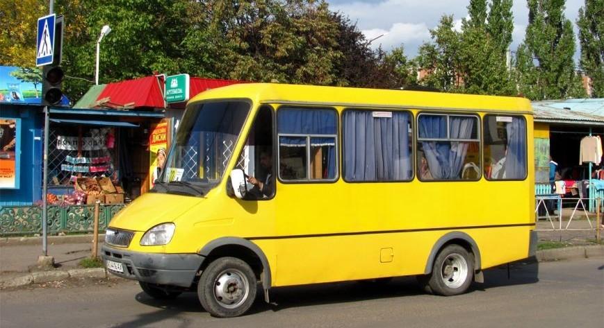 В Ужгороді оприлюднили графік руху міських маршруток на Великдень