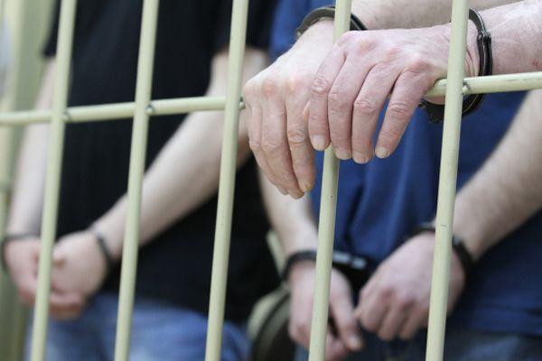 Трьом закарпатцям, які задушили пенсіонерку і пограбували її, загрожує до 15 років позбавлення волі