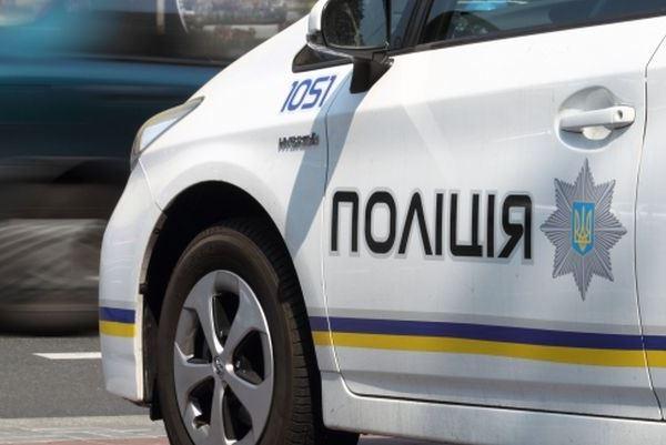 ЗМІ повідомляють про побиття поліцейського