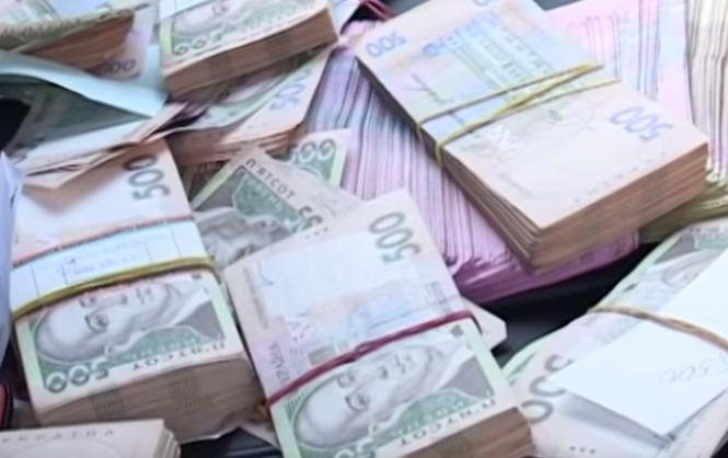 """У рейтинг 100 найбагатших людей України за версією журналу """"Фокус"""" фігурують аж три постаті, які причетні до Закарпаття"""