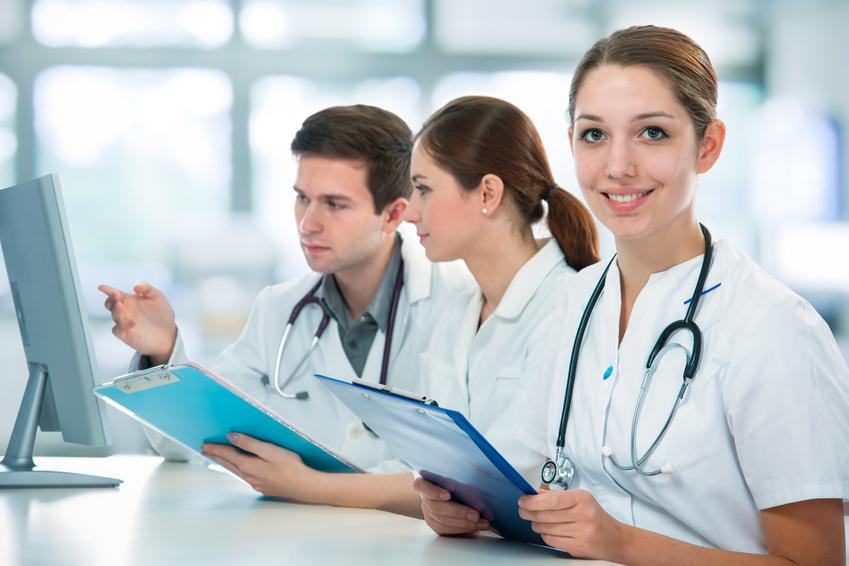 """Результат пошуку зображень за запитом """"студенти медики"""""""