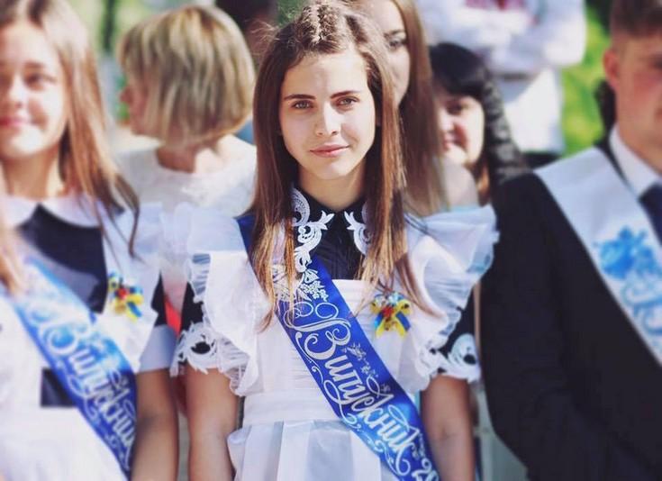 Журналісти розповіли про єдину у Мукачеві випускницю, яка склала ЗНО на 200 балів