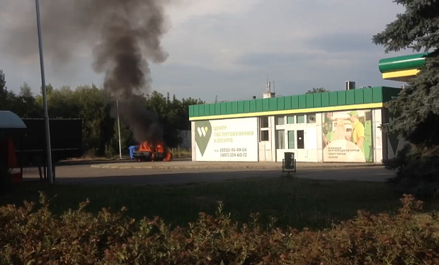 В Ужгороді на АЗС згорів автомобіль