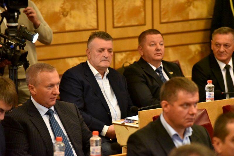 Депутати облради озвучили кілька запитів із наболілих питань місцевих громад
