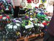 Вінки, свічки та квіти: у скільки обійдеться вшанувати пам'ять померлих у Мукачеві