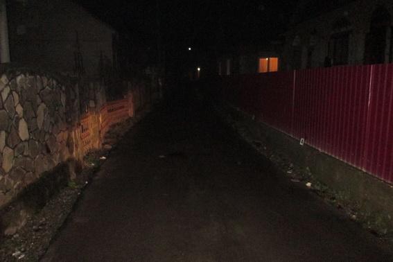 Розбій на Закарпатті: вночі чоловіка жорстоко побили та пограбували