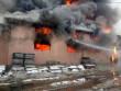 На Тячівщині згорів великий торговий центр