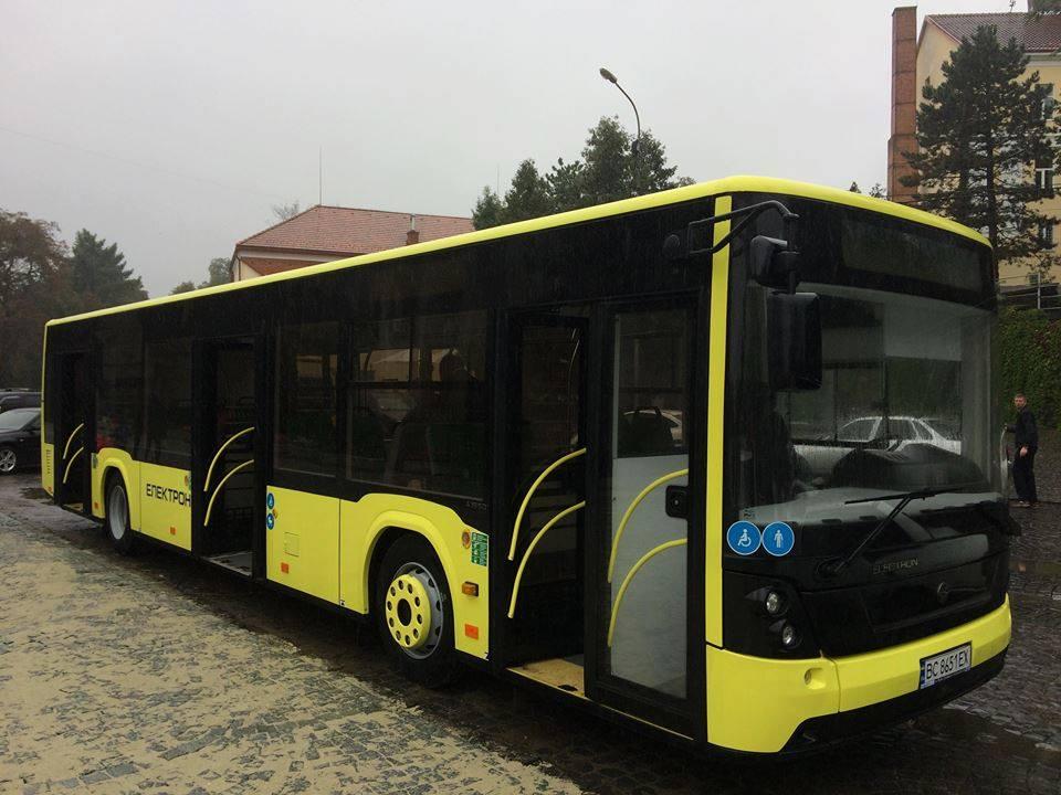 В інтернет-мережі опубліковано деталі тендеру на придбання Ужгородом автобусів на 54 мільйони гривень