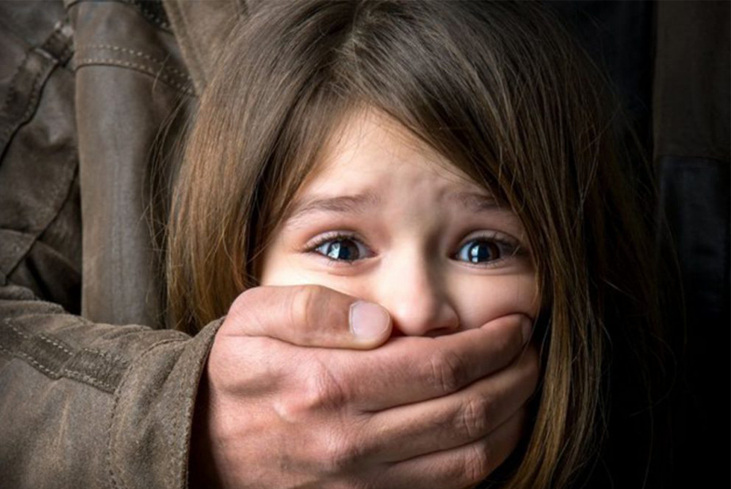 Чоловік зґвалтував свою 10-річну доньку