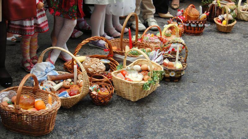 Оприлюднено графік проведення пасхальних богослужінь та освячення пасок в Ужгороді