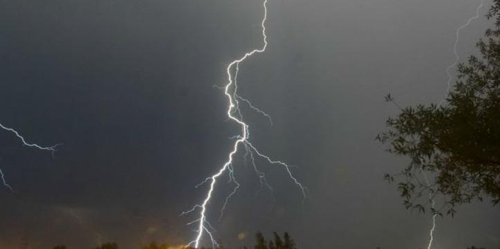 У західних областях України оголосили штормове попередження